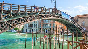 Discover Venice and Gondola Ride